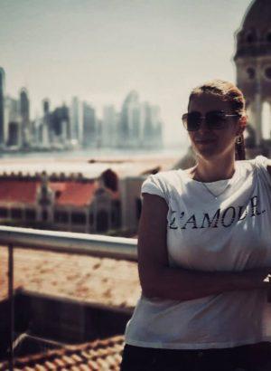 Frysha-Tedman-Productora-equipo-alberto-serra-director-cine-internacional